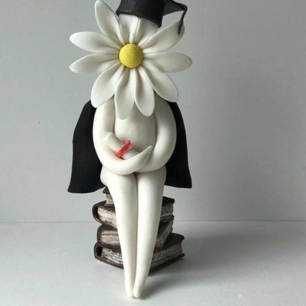 Graduation Daisy Lady